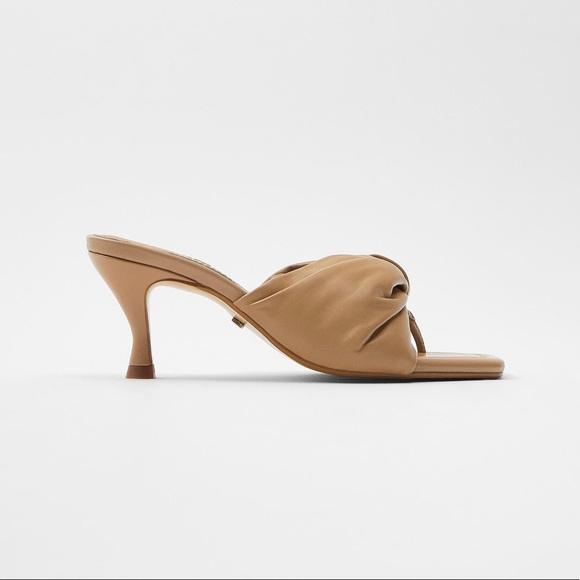 Zara Padded Leather heeled sandal 36.5